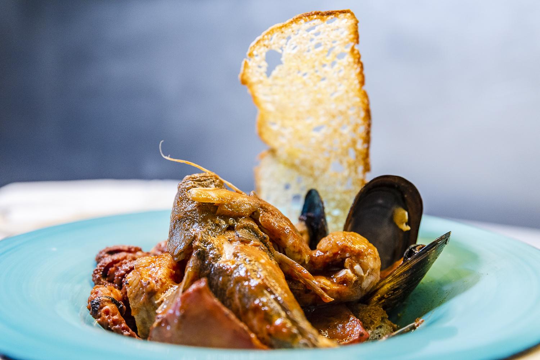 cacciucco menu tegolo ristorante crudite e pesce fresco livorno